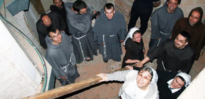 Františkánska rodina putovala po stopách dona Titusa